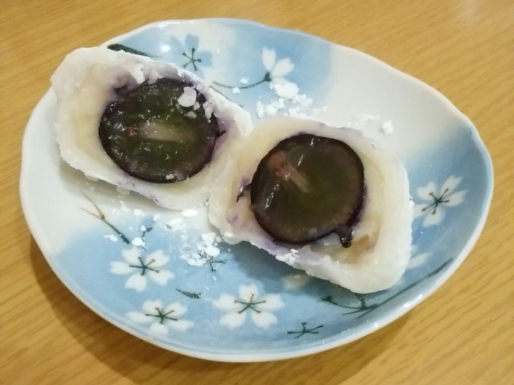 ナガノパープルの大福(白あん)