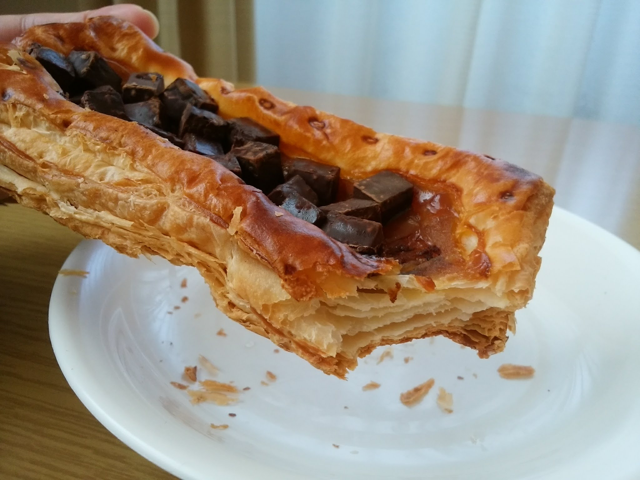 キャラメルの風味豊かなチョコレートパイ