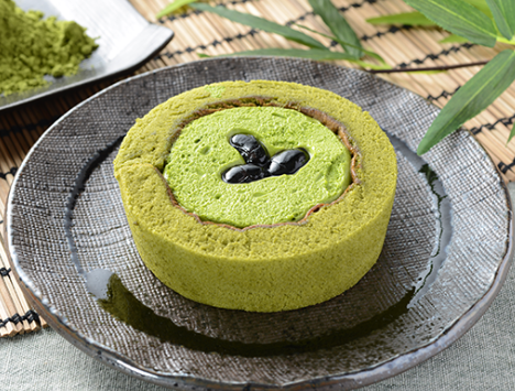 プレミアム宇治抹茶と丹波黒豆のロールケーキ
